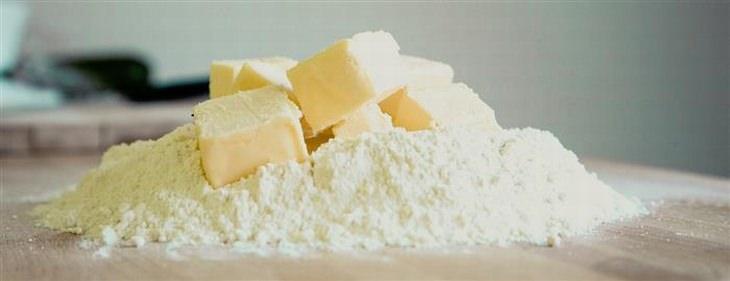 חמאה על קמח