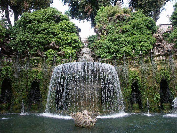 המזרקה הסגלגלה, וילה ד'אסטה, רומא, איטליה