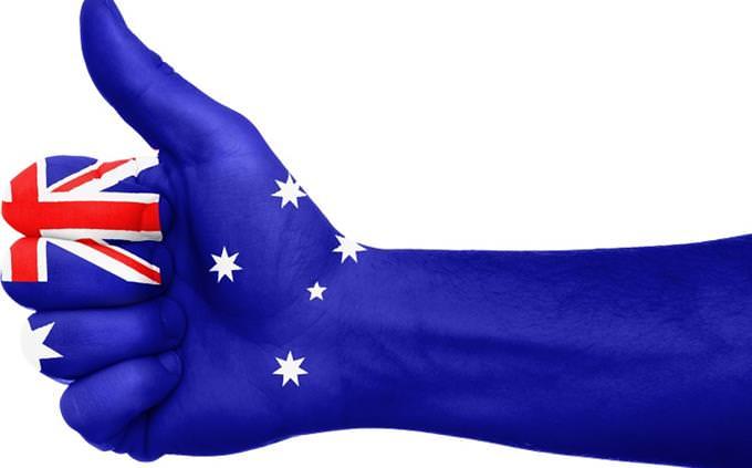 יד עם דגל אוסטרליה עליה