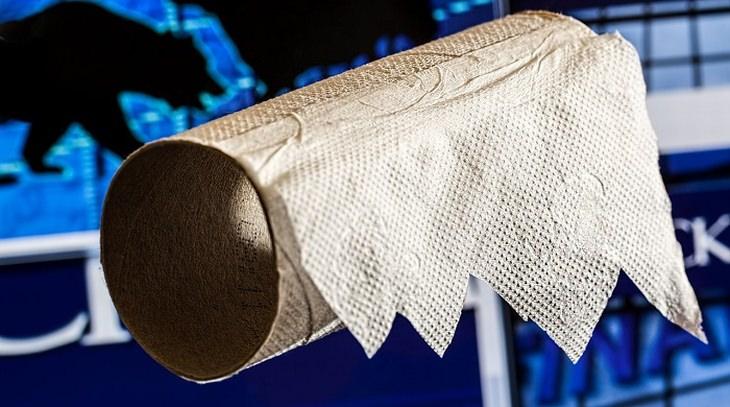 גליל נייר טואלט שהגיע לסופו