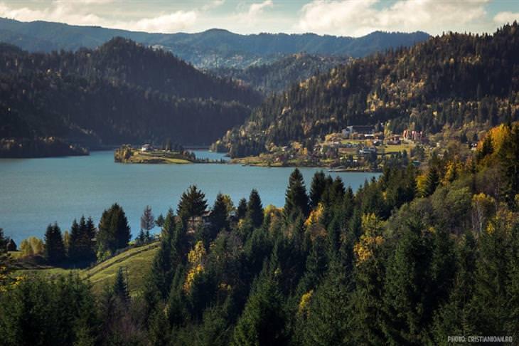 תמונות מרחבי רומניה: אגם קוליביצה