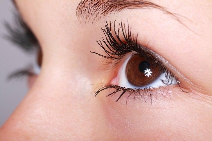 עין מנצנצת