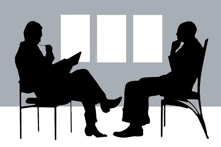 ללמוד פסיכולוגיה: איור של טיפול פסיכולוגי בשחור ולבן