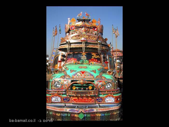 רכבים מקושטים בפקיסטן