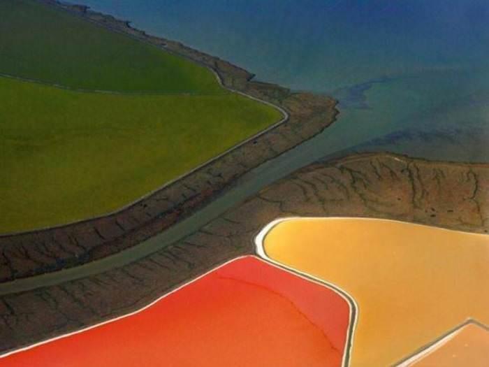 בריכות המלח בסן פרנסיסקו - חוויה של אור וצבע