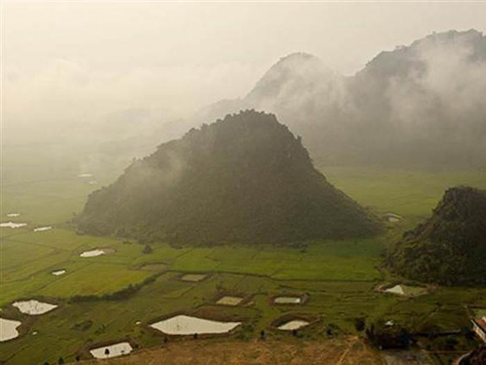 פלא עולם התגלה בוייטנאם - מערה בגובה 200 מטרים!