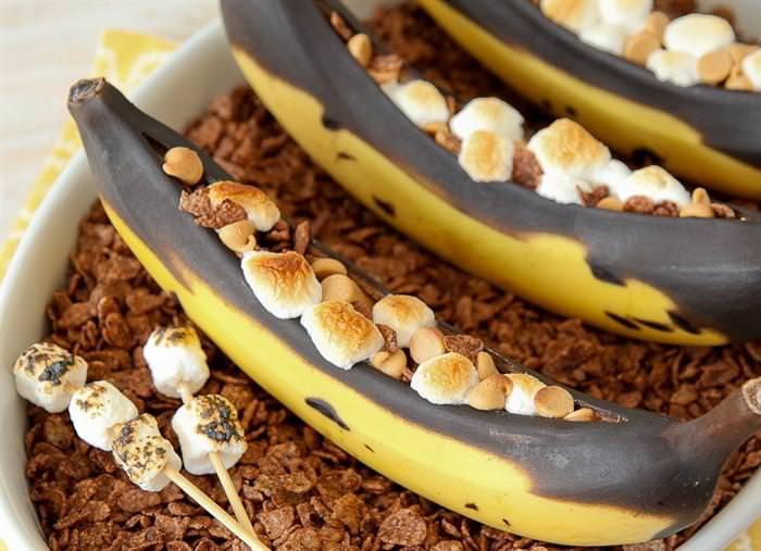 מתכון לבננה ספליט חם עם מרשמלו