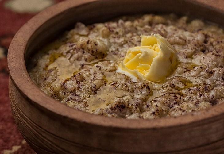 מתכון למרק פריקה עם פטריות שיטאקה וקייל