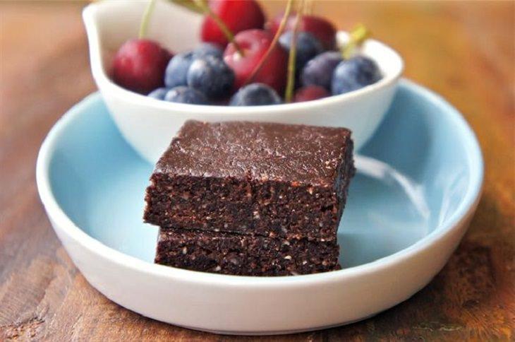 מתכון לחטיף שוקולד ותמרים