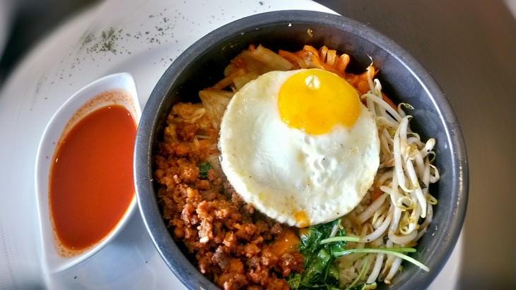 מתכון לבשר עם אורז וירקות - ביבימאפ קוריאני